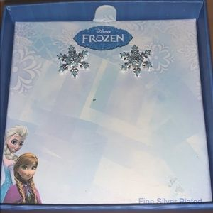 Kids frozen earrings